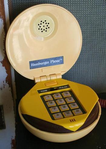 Hamburger_phone_001